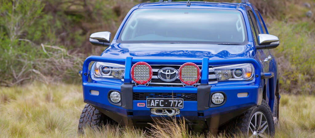 Toyota HiLux 2015 Summit Bar Released